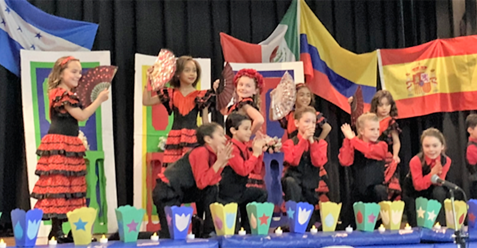 Spanish Winter Show | HudsonWay Immersion School